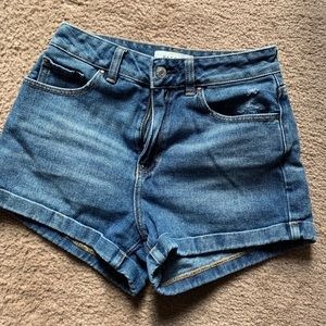 PacSun Medium Wash Denim Mom Shorts